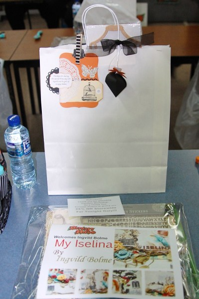 Goody bag,water and class kit