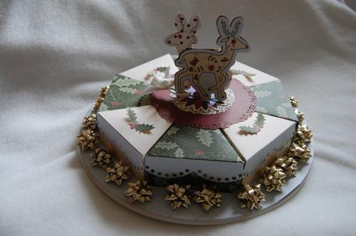 Papercraft_christmas_cake